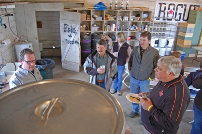 farmstead brewery, rogue beer, rogue ales, rogue farms hopyard, independence, oregon, craft beer, rogue brewery
