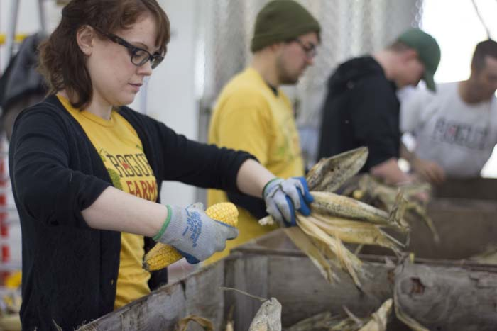 Tygh Valley Corn Shucking_11-05-14_015