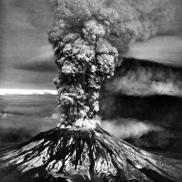 The 1980 eruption of Mt. St. Helens. USGS photo.